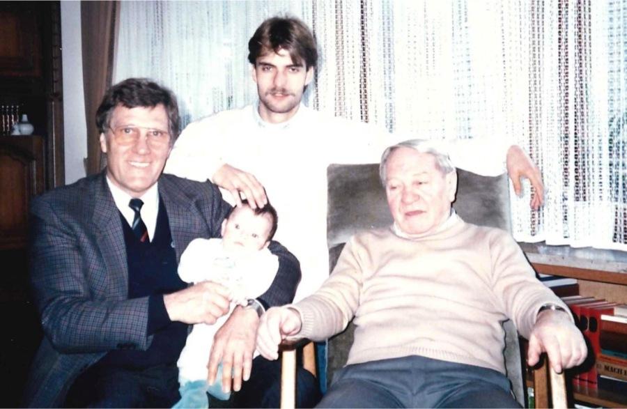 Jürgen Klopp mit Vater, Sohn und Großvater